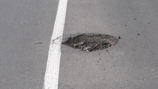 robot repair potholes