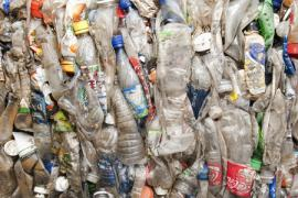Plastic From Carbon Dioxide And Plants Pef
