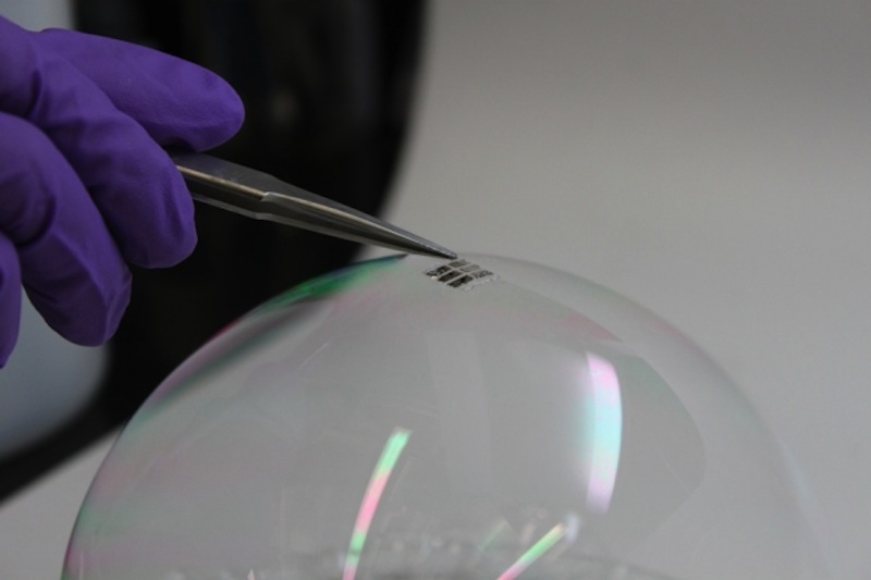 Ultrathin Solar Cells