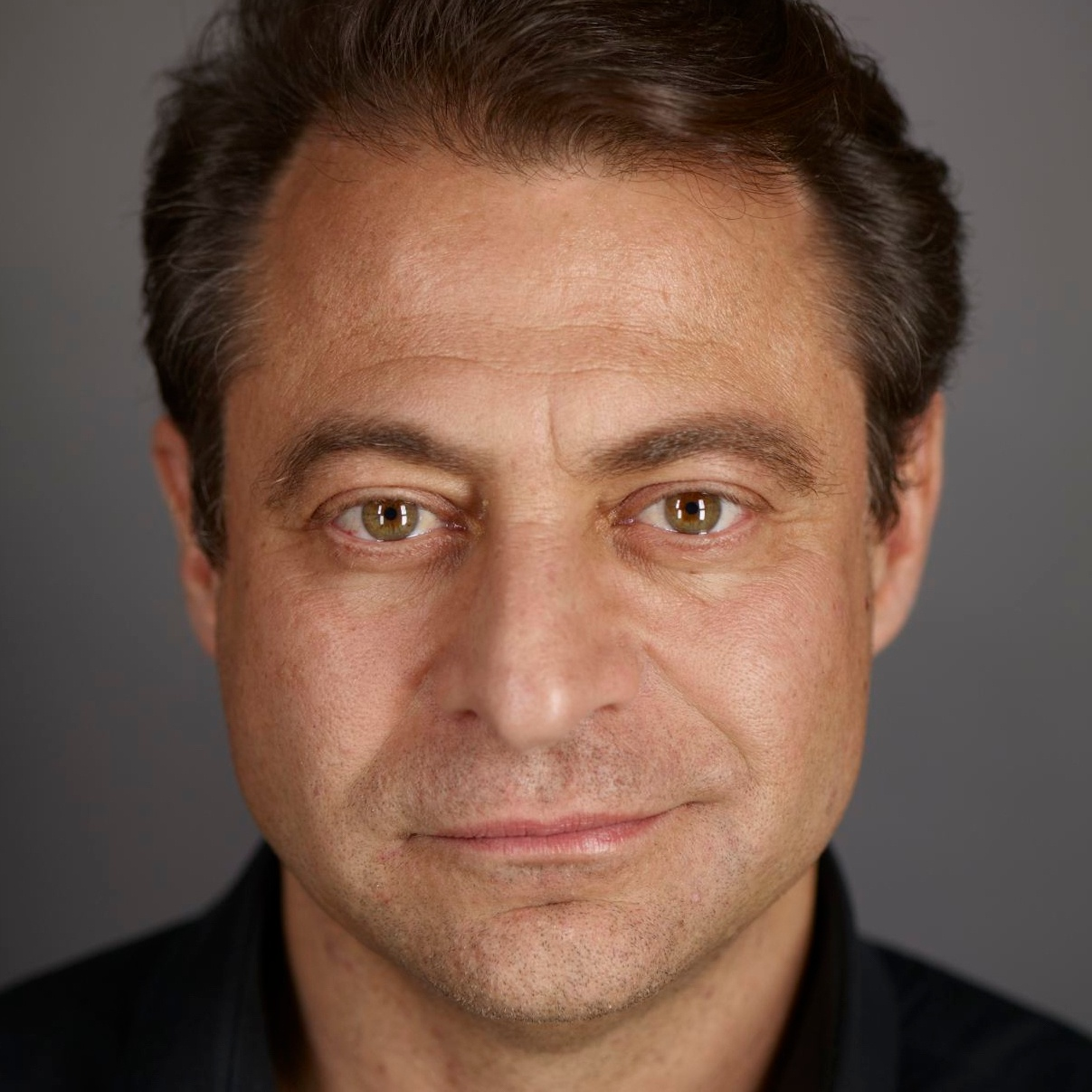 Peter-Diamandis-Headshot copy.jpg