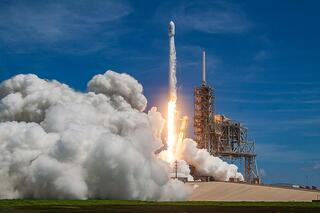 SpaceX Is Making Commercial Space Launches Look like Child's Play